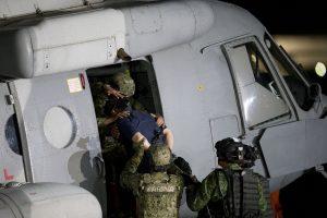 """""""El Chapo"""" Guzmán, líder del cártel de Sinaloa, fue recapturado el 8 de enero tras haberse fugado por segunda vez de una prisión mexicana de máxima seguridad. Foto: AP"""