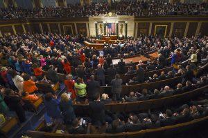 Obama ha mencionado varias veces su expectativa para que el Congreso anule el embargo comercial, pero no está claro si el tema podrá avanzar durante el último año de Obama en la Casa Blanca. Foto: AP