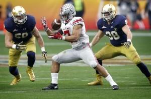 Ohio Sate, que el año pasado se consagró campeón nacional mejoró su récord ahora a 22-23 en este tipo de juegos. Foto: AP