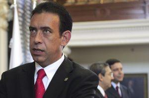 Moreira fue gobernador de Coahuila, estado del Norte de México, desde 2005 a 2011, cuando dejó el cargo para liderar el remonte del PRI con el candidato Enrique Peña Nieto, ahora el presidente mexicano. Foto: AP