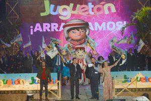 Jorge Garralda celebró el éxito del Juguetón. Foto: Cortesía de TV Azteca