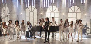 """El tema """"Luz"""" es un himno para recibir al Papa Francisco, por lo que consagrados artistas y nuevas figuras, lo cantaron con mucho entusiasmo. Foto: Cortesía Sony Music"""