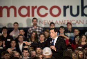 Marco Rubio está asumiendo posturas mucho más duras en torno al tema para complacer a la derecha conservadora con miras a las primarias presidenciales del Partido Republicano. Foto: AP