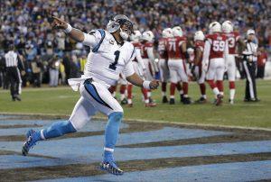 Cam Newton tuvo una temporada regular en la que lanzó 35 pases de touchdown y corrió para otros 10. Foto: AP