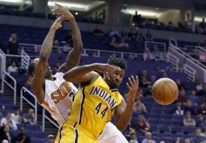 Phoenix reaccionó para acercarse a 95-92 cuando restaban 3,8 segundos, tras un triple de Knight. Pero los Suns no tuvieron ya tiempo para completar la remontada. Foto: AP