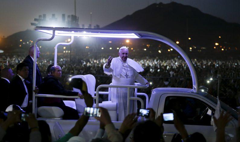 """Papa: """"tragedia humana"""", la migración forzada"""