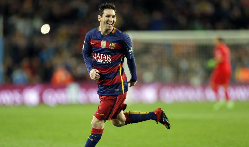 Penal de Leo Messi suscita admiración y controversia