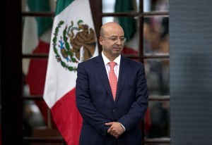Renato Sales Heredia, Comisionado Nacional de Seguridad Nacional. Foto: AP