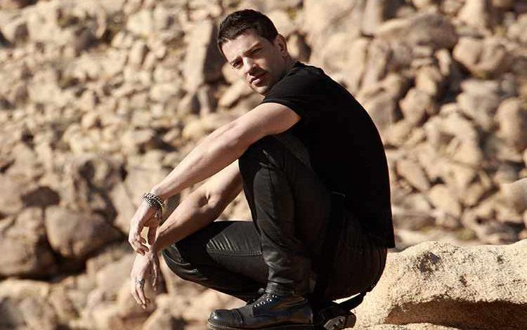 """Yahir estrena el video de """"Me Rindo"""""""