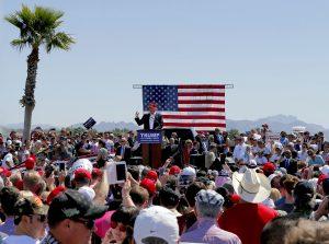 Trump también planea eventos este viernes en San Antonio y Houston y el sábado en Phoenix.