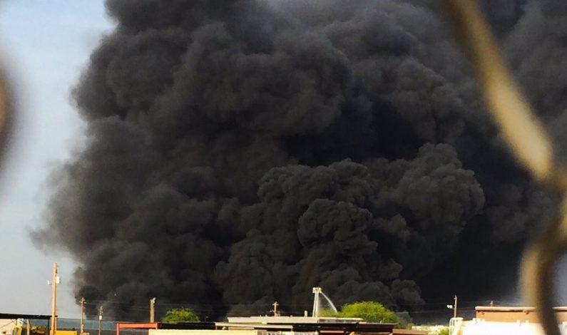Incendio se registra cerca del aeropuerto Sky Harbor