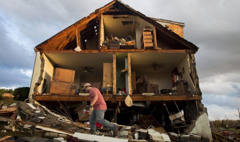 Tormentas en EU causan inundaciones, daños y un muerto