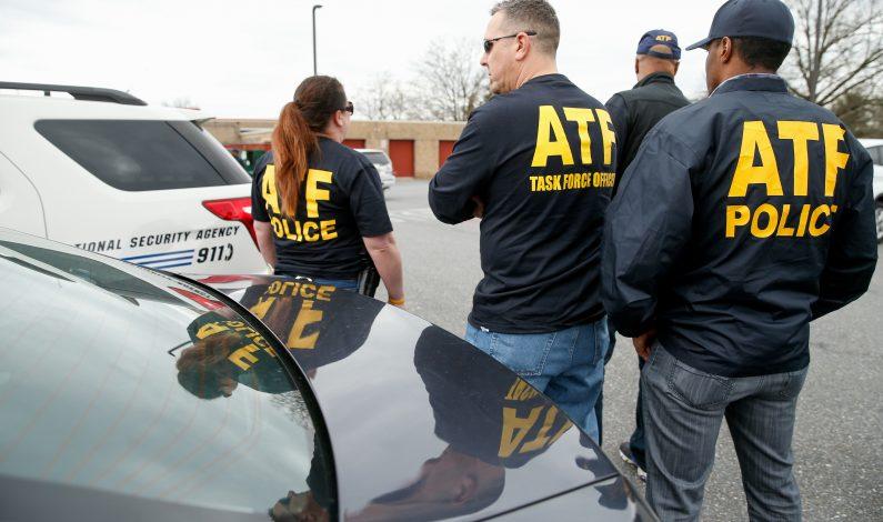 """Fusil en escondite de """"El Chapo"""" asociado a Rápido y Furioso"""