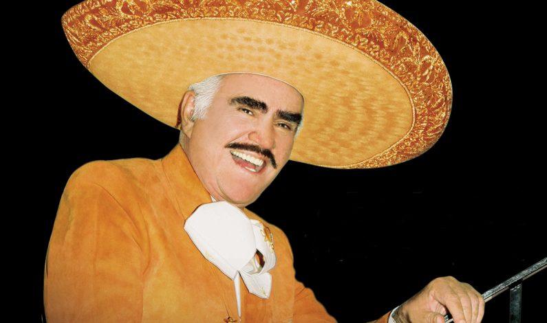 """Ya prepara Vicente Fernández su último concierto """"Un Azteca en el Azteca"""""""