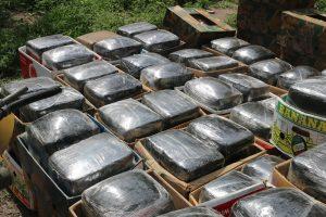 La droga decomisada y el vehículo quedaron a disposición del Ministerio Público de la Federación, para que se continúe con las investigaciones correspondientes.Foto: Notimex