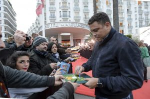 """60405013. Cannes, 5 Abr. 2016 (Notimex-MIPTV).- El ex astro del futbol brasileño Ronaldo consideró hoy que el sistema de organización del futbol mundial es """"débil"""" frente a la corrupción y que debe cambiar para evitar corruptelas, en el marco del Mercado Mundial de Televisión de Cannes, Francia NOTIMEX/FOTO/MIPTV/COR/SPO/"""