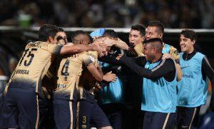60406282. México, 6 Abr. 2016 (Notimex-Isaías Hernández).- Pumas de la UNAM recibe en la cancha del estadio Olímpico Universitario al Olimpia de Paraguay, dentro de la Copa Libertadores de América 2016. NOTIMEX/FOTO/ISAÍAS HERNÁNDEZ/IHH/SPO/