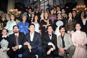 Roberto Gómez Fernández apostó por un elenco de reconocidas figuras en la televisión, pero arriesgó con estrellas del cine y del teatro en México. Foto Mixed Voces