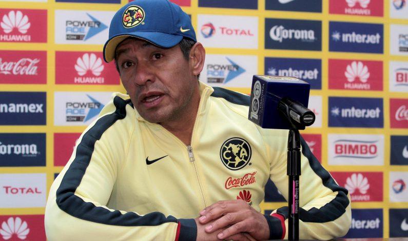 Ambriz reconoce necesidad de marcar en el Azteca ante Chivas