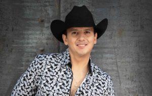 """El zacatecano, autor del tema """"Debajo del Sombrero"""", éxito de Pedro Fernández,  suma ya 24 años de carrera, que comenzó desde muy pequeño. Foto: Cortesía"""
