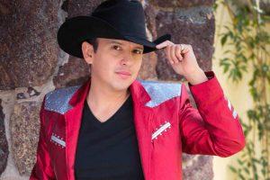 Manuel Adán Contero lucha por consolidar su carrera como cantautor. Foto: Cortesía