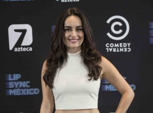 Ana apostará con las interpretaciones de Gloria Trevi y Lucero para ganar el cinturón de lipsinqueo. Foto Cortesía de TV Azteca.jpg