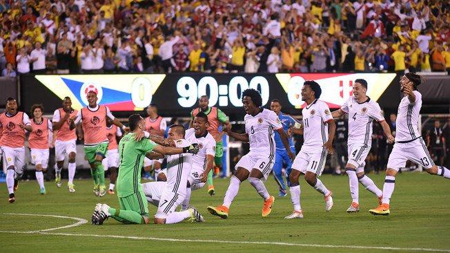 Perú tiembla en los penales y Colombia está en semifinales
