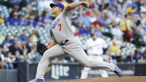 Urías (1-2) abrió el juego para Dodgers con un trabajo de seis entradas completas, en las que sólo toleró par de hits y dos anotaciones,