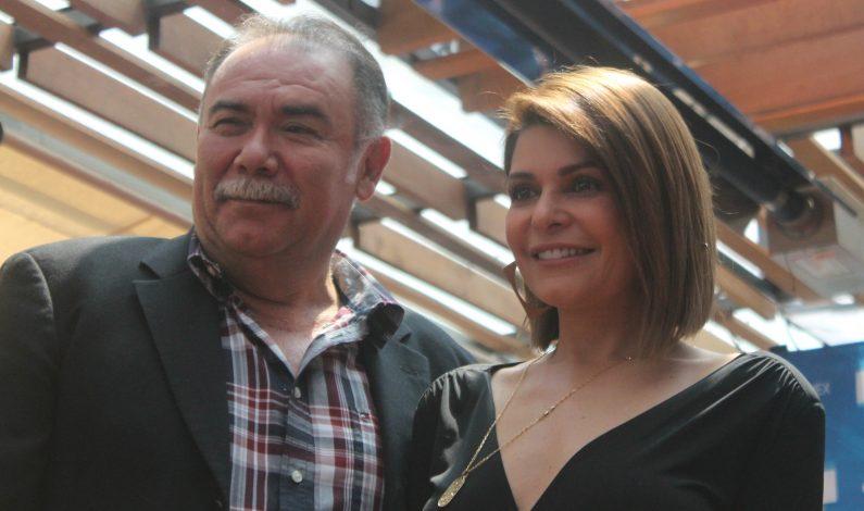 """Itatí Cantoral y Jesús Ochoa, dos perfectos """"idiotas"""" en duelo a muerte"""