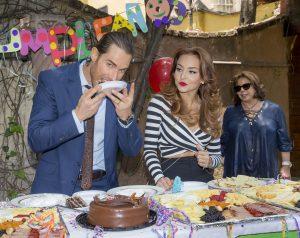 Lo consintieron con su pastel favorito. Foto Cortesia de Televisa.jpg