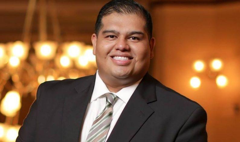 Joven hispano quiere legislar por la comunidad