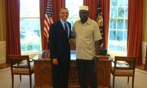 Barack y Malik Obama. Foto: Tomada de Twitter