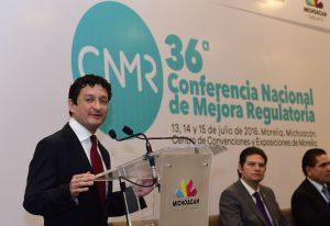 El secretario de la Función Pública, Virgilio Andrade, anunció su renuncia al cargo