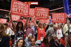 """El candidato presidencial consideró al TLCAN como """"una de las peores ofertas económicas jamás hechas por nuestro país y adelantó que se renegociará hasta que se logre un mejor trato para Estados Unidos."""