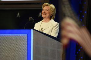 60728217. Filadelfia, 28 Jul 2016 (Notimex-José López).- La exprimera dama Hillary Clinton asumió esta noche aquí de manera oficial la candidatura del Partido Demócrata a la Presidencia de Estados Unidos, al inicio de su discurso ante la Convención Nacional de su partido. NOTIMEX/FOTO/JOSÉ LOPEZ/COR/POL/