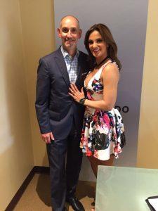 Luis Silberwasser, presidente de Telemundo y NBC Universo, dio la bienvenida a Mariana Seoane. Foto Cortesía