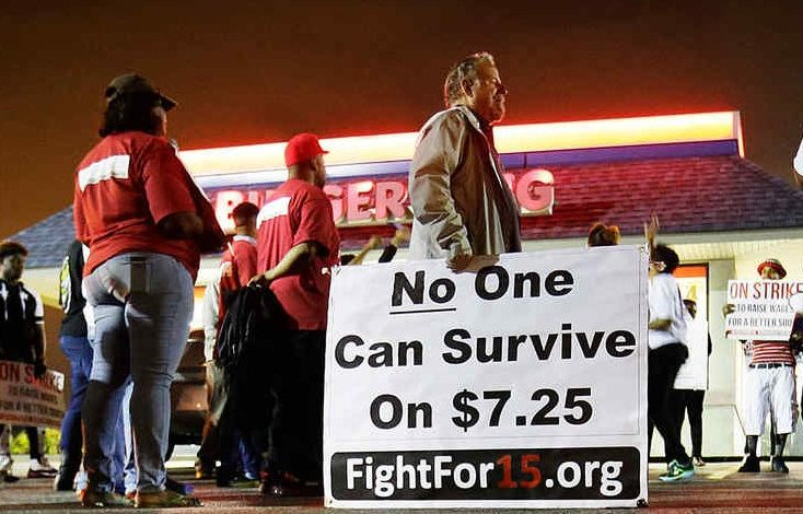 Crece apoyo a propuesta para aumentar salario mínimo