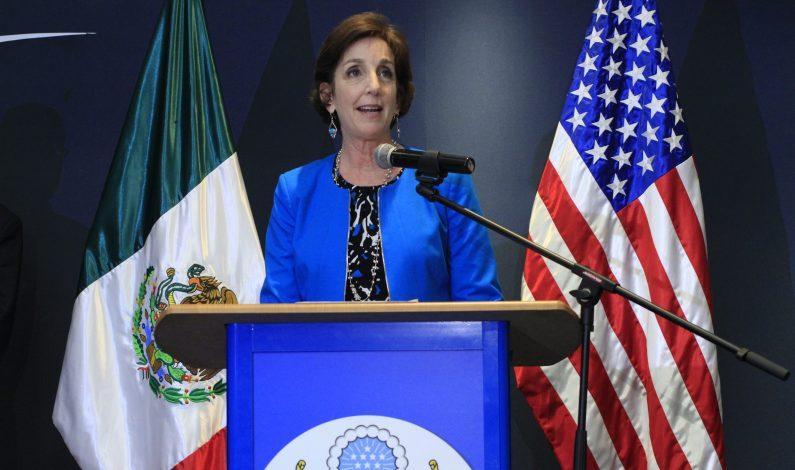 No es factible ni positivo un muro entre EU y México: embajadora Jacobson