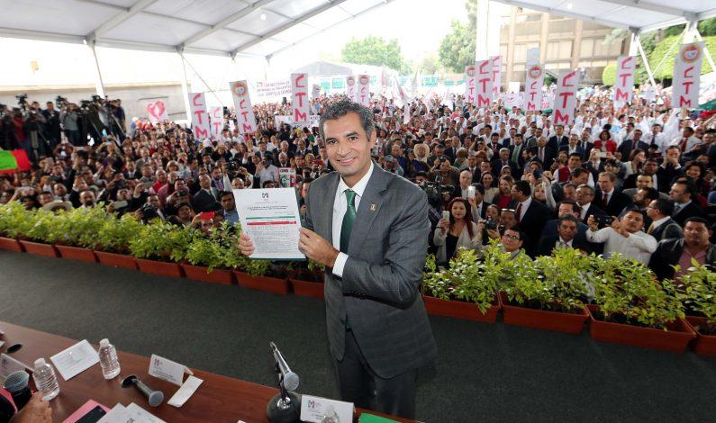 Eligen a Ochoa Reza nuevo presidente del PRI