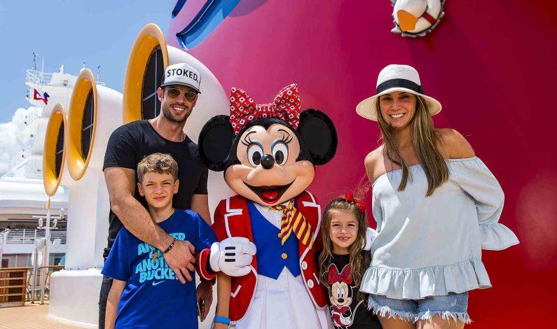 William Levy vacaciona con su familia