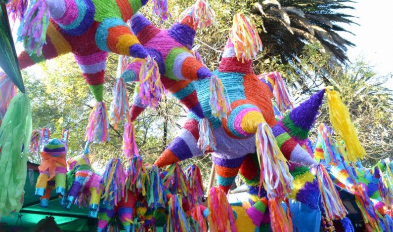 Las piñatas, la lucha del bien contra el mal